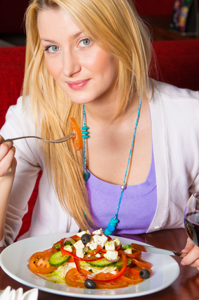 bodybuilder nutrition differ from a typical healthy diet