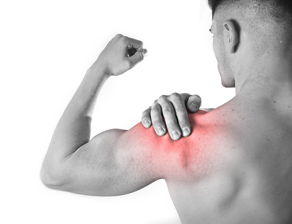 squatting with shoulder pain